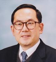 曽根 博隆 教授